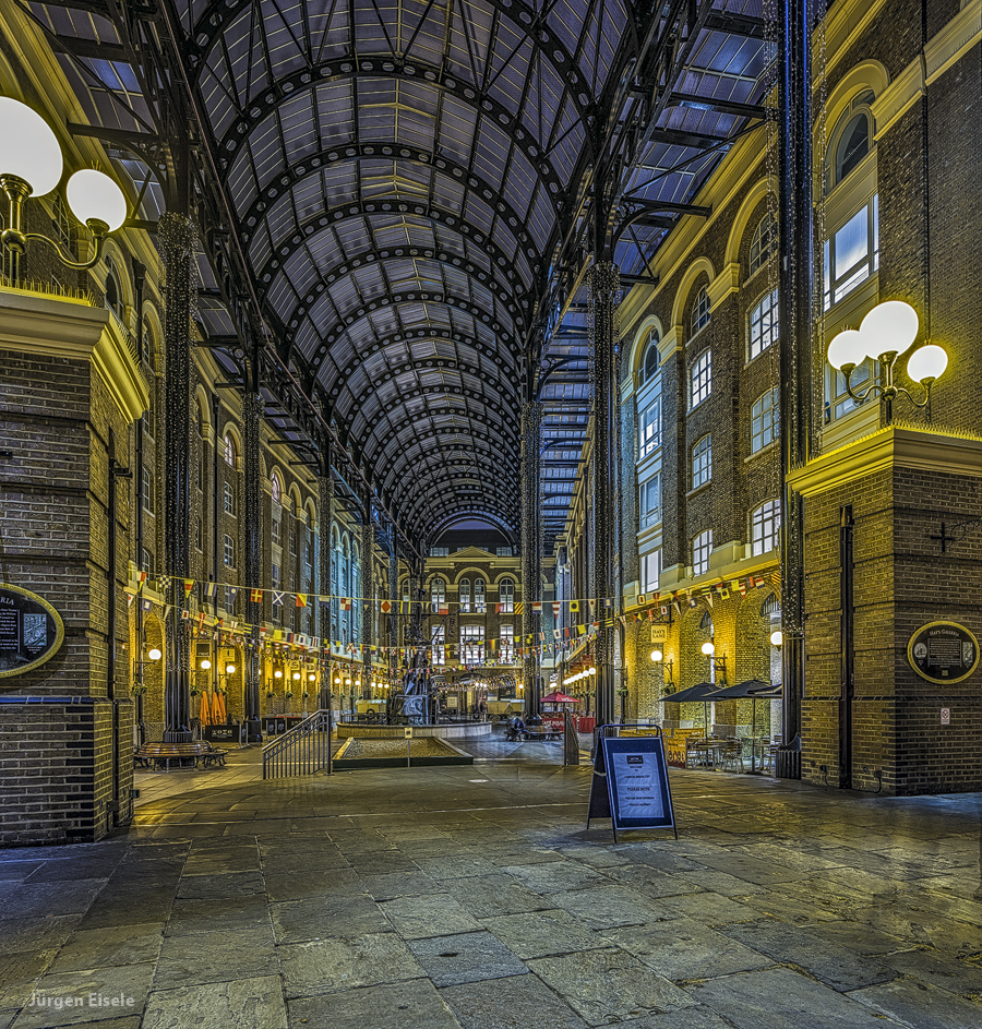 Hay's Galleria | London, UK