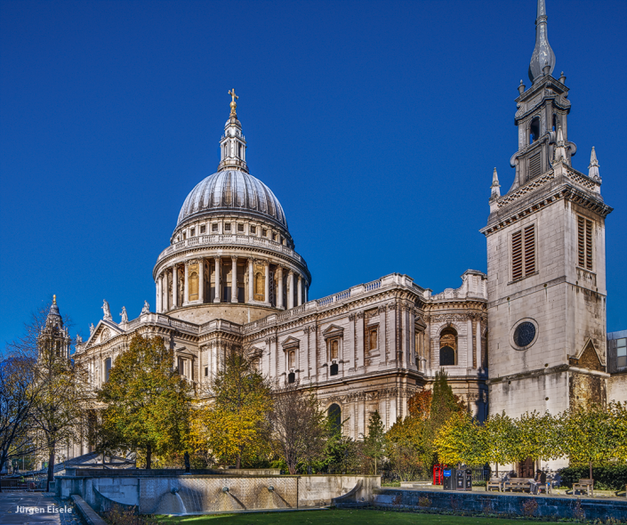 St. Paul's Cathedral   London, UK