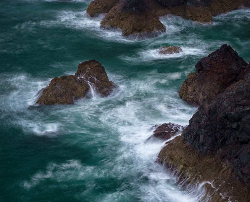 Waves at Kynance Cove | Kynance Cove, Cornwall, England, UK